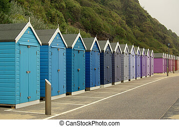 Beach huts on the beach in Bournemouth, UK - Deach huts on...