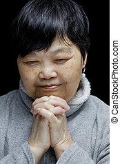 Asiático, mulher, orando, elogiar, senhor