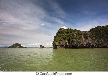 Phang Nga 6 - Koh Phanak and the green waters of Phang Nga...