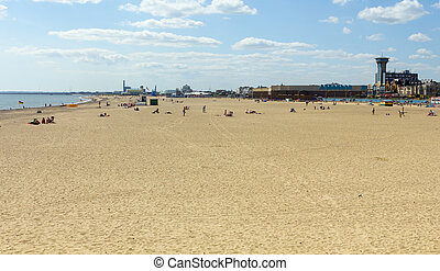 Great Yarmouth Beach - Vies across the sands at Great...