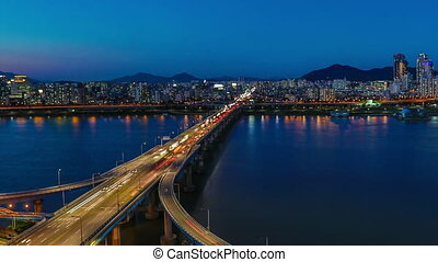 Seoul City Highway Bridge Traff - 259 Time lapse of bridges...