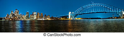 Sydney - Panoramic photo of Sydney skyline with Harbour...