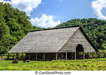 Old Barn - Barn at the Oconaluftee Mountain Farm Museum at...