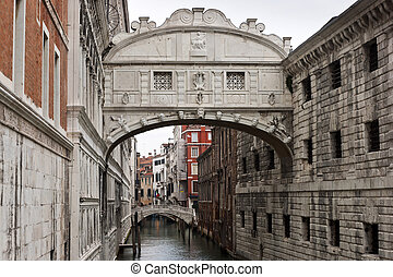 Bridge of Sighs (Ponte dei Sospiri) between Doges Palace and...