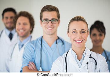 sorrindo, médico, equipe