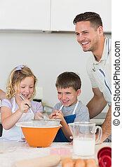 Galletas, hornada, cima, mostrador, padre, niños