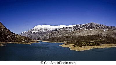 Lake Mornos, Greece - Lake Mornos and Giona mountain,...