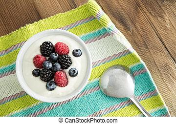delicioso, yogur, fresco, bayas, desayuno