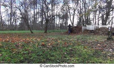woman prepare compost - gardener woman prepare compost from...