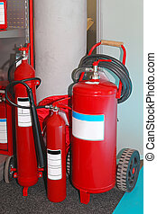 Fire extinguishers - Pressured handheld and wheeled fire...