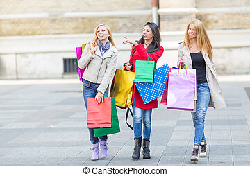 Friends shopping - Friends together having fun and shopping