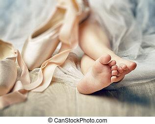 bailando, gracefully
