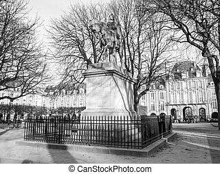 Place des Vosges Paris - Place des Vosges square in Paris...