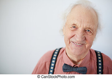 Happy senior man - Portrait of a happy senior well-dressed...