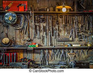 Vintage Tools Workshop - Vintage Tools Hanging On A Wall In...