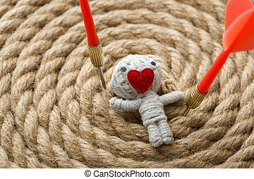 Valentine, Faden, puppe