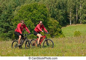 joven, pareja, equitación, Montaña, bicicleta,...