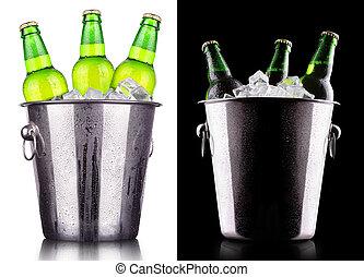 Cerveja, garrafas, gelo, balde