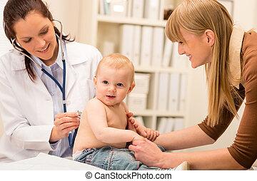 pediatra, chequeo, bebé, niña, estetoscopio