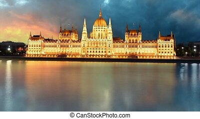 Budapest - parliament at sunset - time lapse