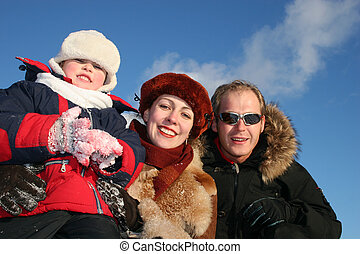 winter family faces 3