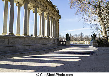 Madrid famous Retiro Park in the early morning.Monument to...