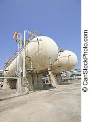 Gas storage tanks