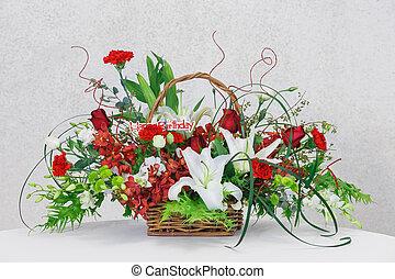 Flower bouquet in wicker basket - Close up flower bouquet in...