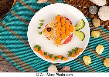 Fish sandwich - A fish shaped sandwich, healthy kid food