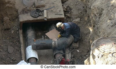 Welding pipe, welder right, replacement the welding...