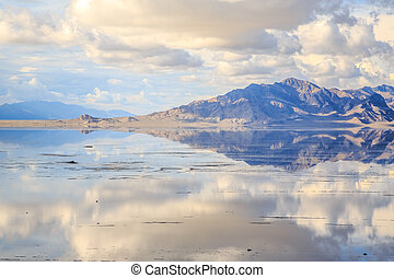 Bonneville Salt Flats - Mountains reflecting in the recent...