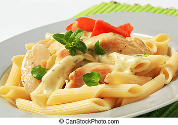 Pasta, chicken meat and cream sauce - Pasta tubes, chicken...