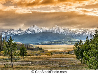Sunset over mountains in Idaho - Sawtooth mountains in Idaho...