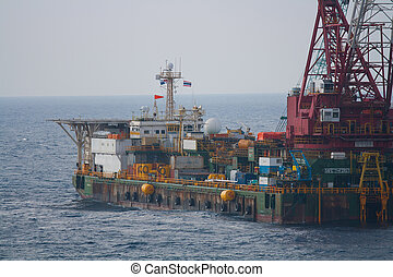 crane barge doing marine heavy lift - Large crane vessel...