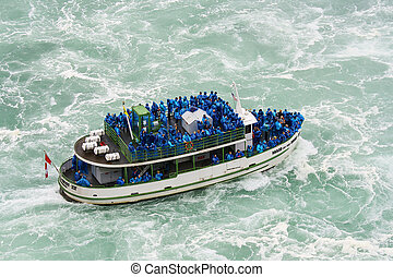 Maid of the mist - Maid of the Mist Tour boat at Niagara...