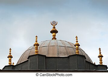 One of the building roof golden detail in Topkapi Palace in Istanbul. Official and primary residence in the city of the Ottoman Sultans for 400 years