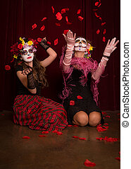 Day of The Dead Rose Petals - Day of The Dead girls playing...