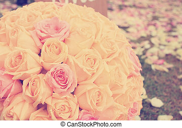 Vintage roses bouquet arrange for wedding decoration in...