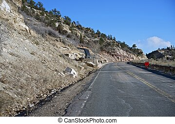 Dinosaur Ridge Colorado - Dinosaur Ridge Road in Morrison...