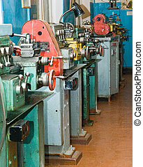 lathe workshop - lathe in to the workshop