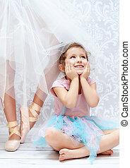 lindo, niño, luego, ballet, bailarín, hermana