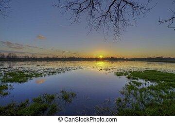Sonnenuntergang am Syen-Venn - Sonnenuntergang spiegelt sich...
