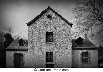 gothic architecture abandoned house