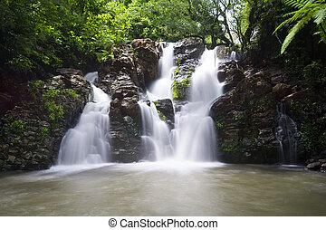 斐濟, 瀑布