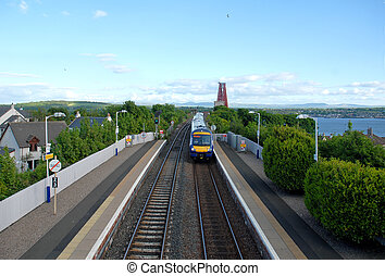 Queensferry train station - Train entering the Queensferry...