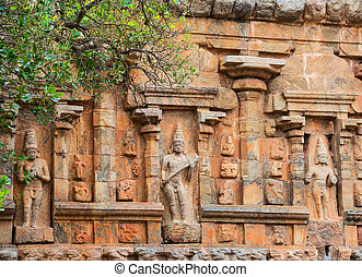 element architecture of Hindu Temple ancient Gangaikonda...