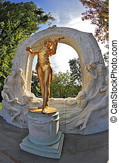 Magnificent statue of Johann Strauss - Monument. Magnificent...