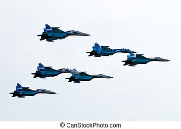 Five airplanes SU-27 - Team work of russian fighters SU-27...
