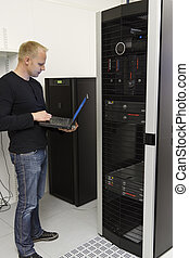 IT Consultant Monitoring Datacenter - IT Engineer/...