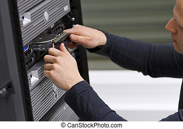 IT Technician Install a Harddrive - It engineer consultant...